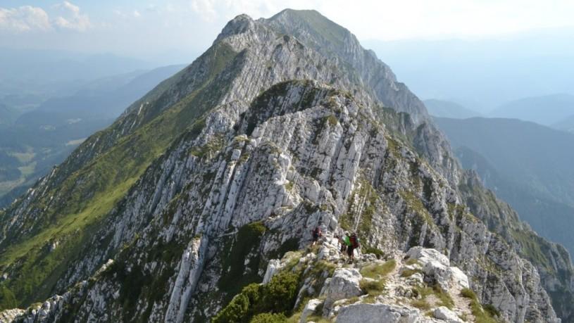 Munții-Piatra-Craiului_Creasta
