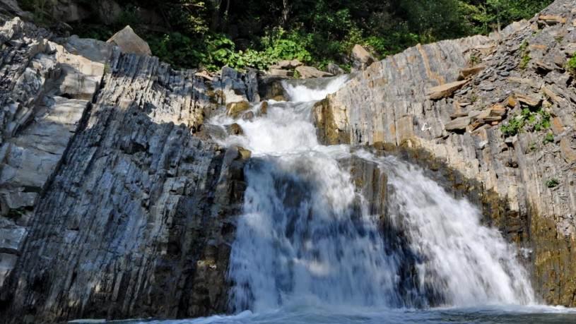 Valea-Teleajenului Cascada-Schinda