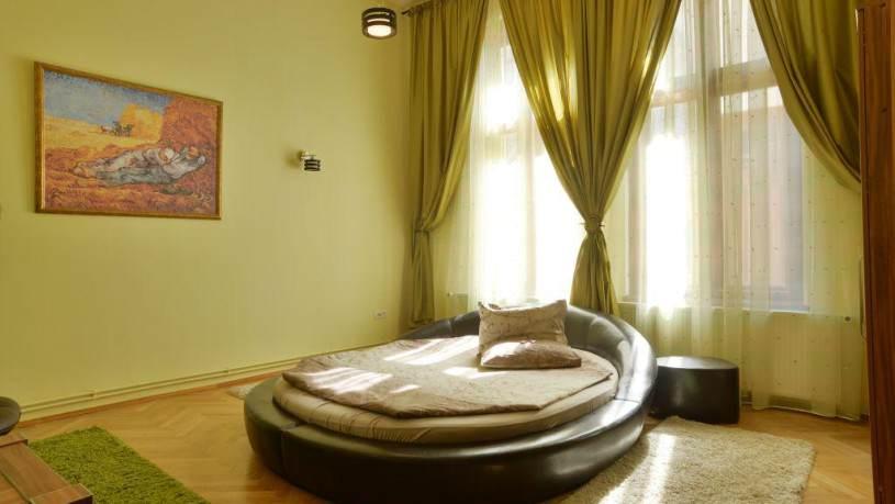 Select City Center Apartments din Brașov