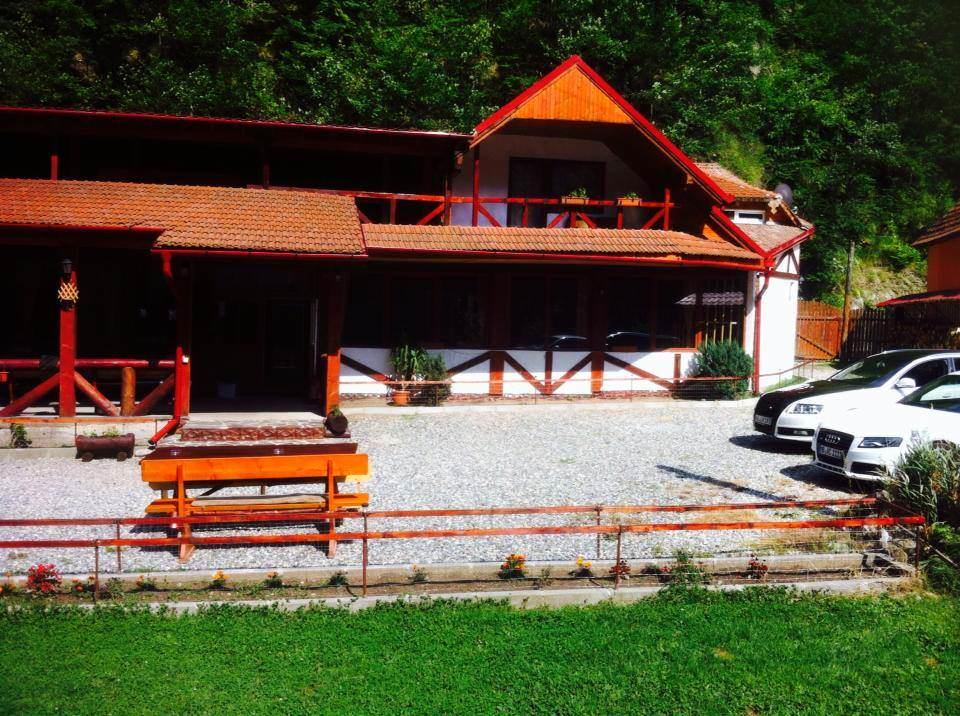 Cabana Ovidiu din Râul Sadului