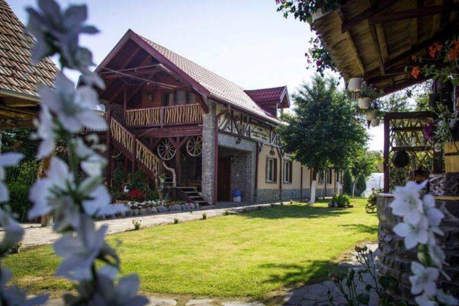 Pensiunea Dealu Morii din Cârțișoara