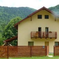 Vila Poiana Tarcăului din Tarcău