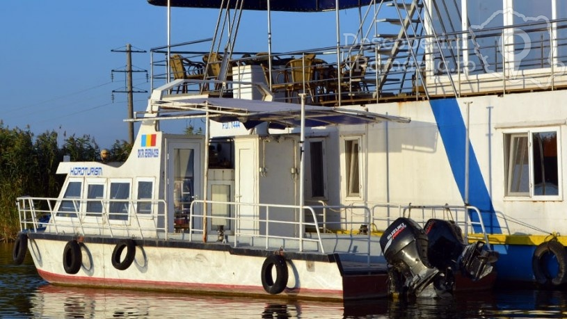 Hotelul Plutitor Delta Marine din Sfantu Gheorghe