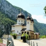 Mănăstirea Mraconia - lăcașul de sub ape