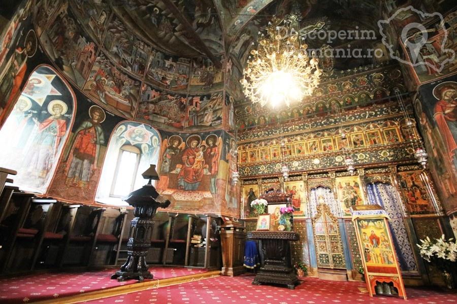 Manastirea Polovragi – Armonie in alb – DescoperimRomania (14)
