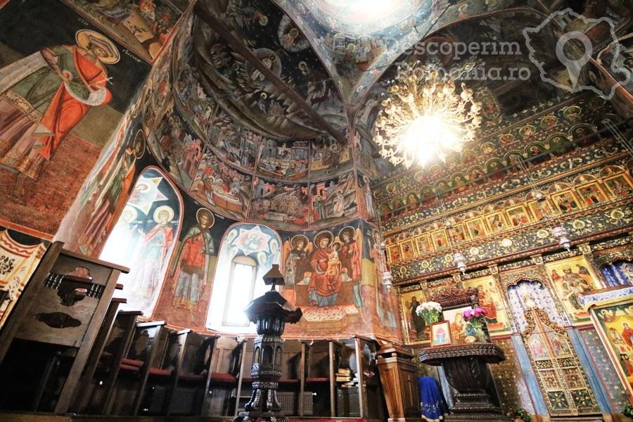 Manastirea Polovragi – Armonie in alb – DescoperimRomania (15)