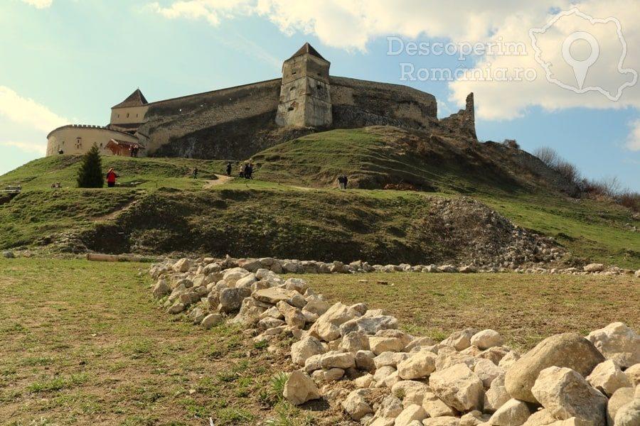 Cetatea Râșnov – Falnic supraveghtor al Râșnovului – DescoperimRomania (12)