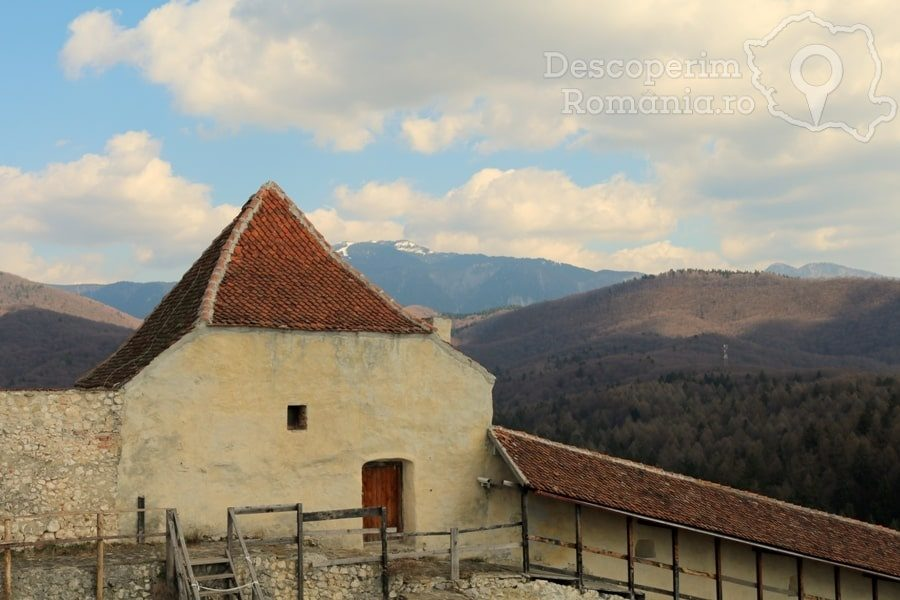 Cetatea Râșnov – Falnic supraveghtor al Râșnovului – DescoperimRomania (29)