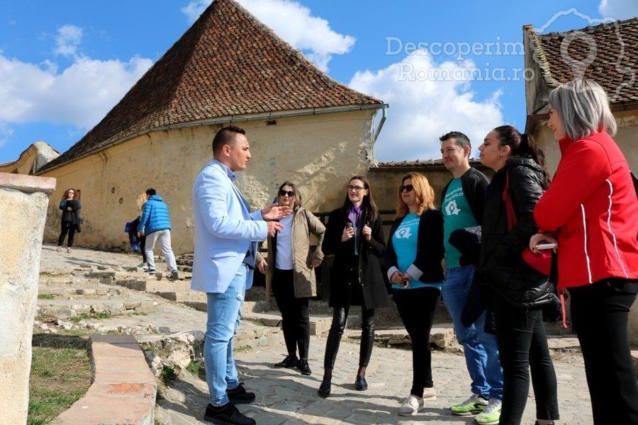 Cetatea Râșnov – Falnic supraveghtor al Râșnovului – DescoperimRomania (48)