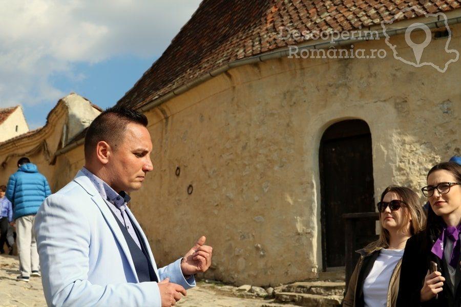Cetatea Râșnov – Falnic supraveghtor al Râșnovului – DescoperimRomania (49)