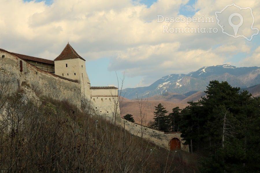 Cetatea Râșnov – Falnic supraveghtor al Râșnovului – DescoperimRomania (59)