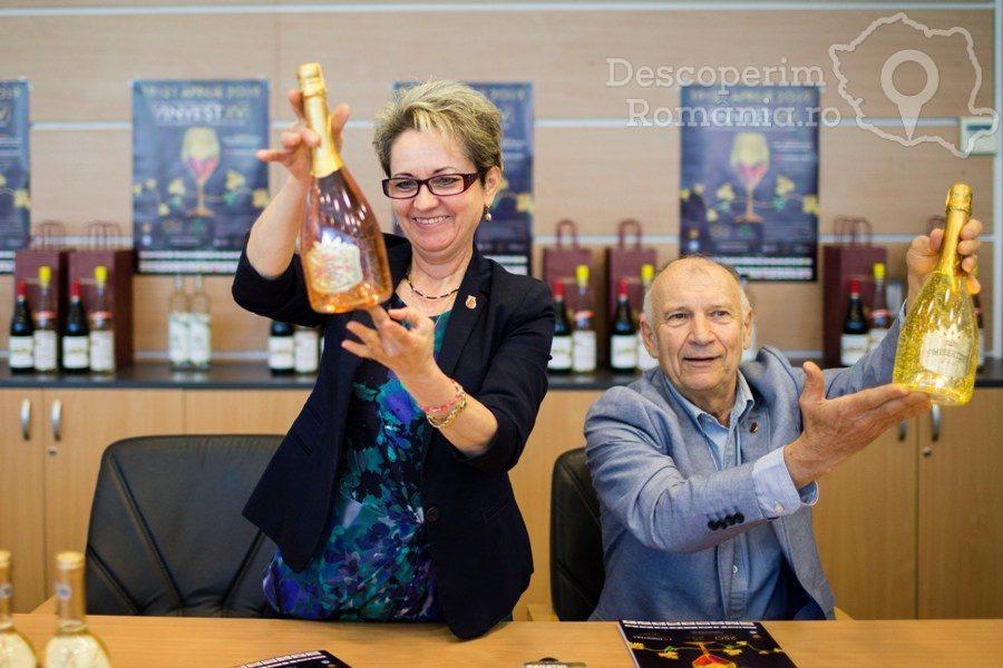 VINVEST 2019 – În premieră spumant cu particule de aur – DescoperimRomania (24)
