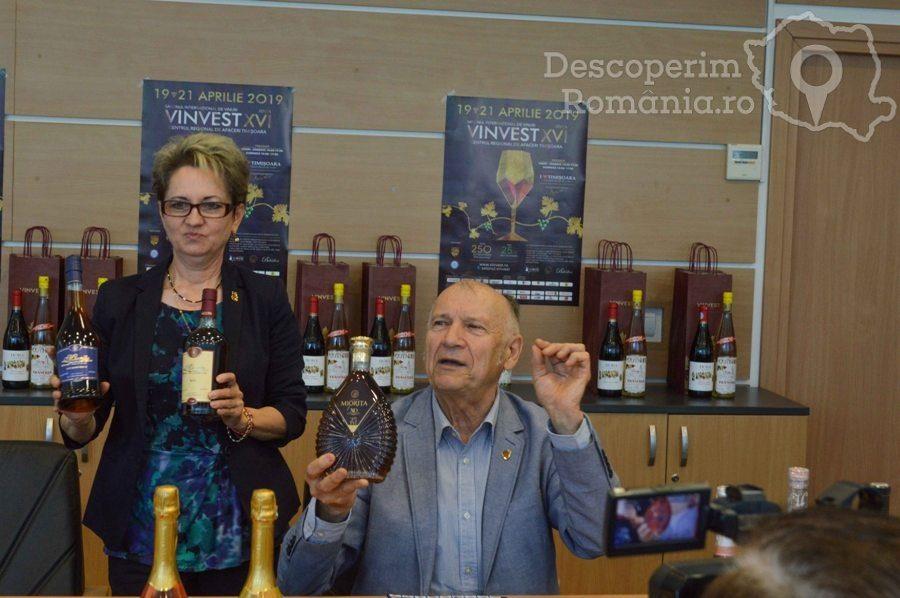 VINVEST 2019 – În premieră spumant cu particule de aur – DescoperimRomania (49)