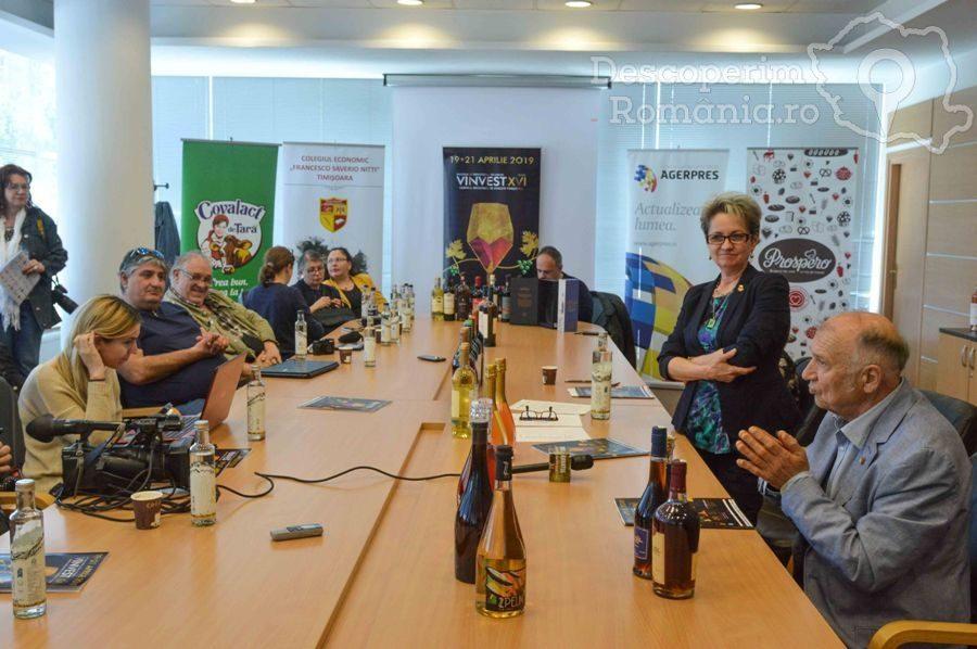 VINVEST 2019 – În premieră spumant cu particule de aur – DescoperimRomania (63)