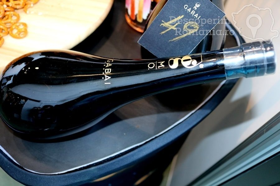 VINVEST Degustări speciale și vinuri produse la Muntele Athos – DescoperimRomania (1)