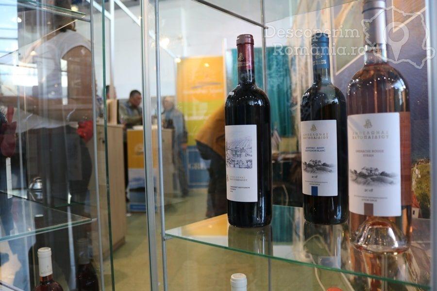 VINVEST Degustări speciale și vinuri produse la Muntele Athos – DescoperimRomania (10)