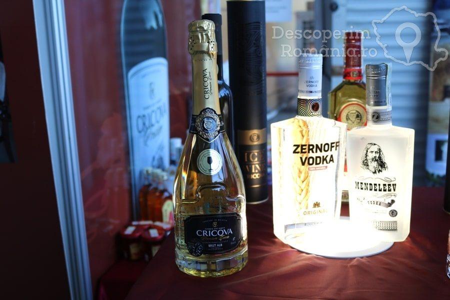 VINVEST Degustări speciale și vinuri produse la Muntele Athos – DescoperimRomania (15)