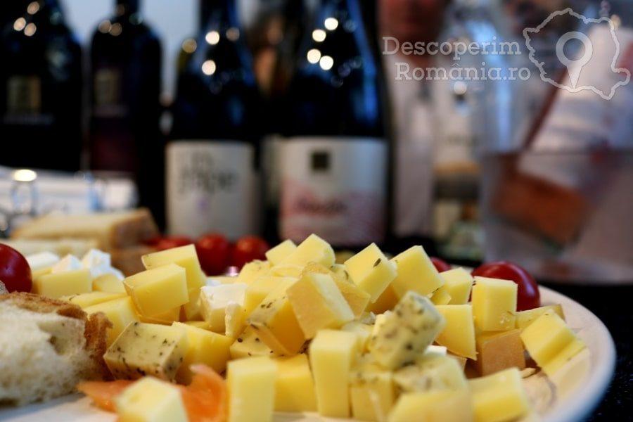 VINVEST Degustări speciale și vinuri produse la Muntele Athos – DescoperimRomania (22)