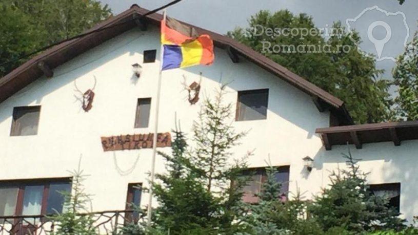 Cazare la Pensiunea Tirol din Parang